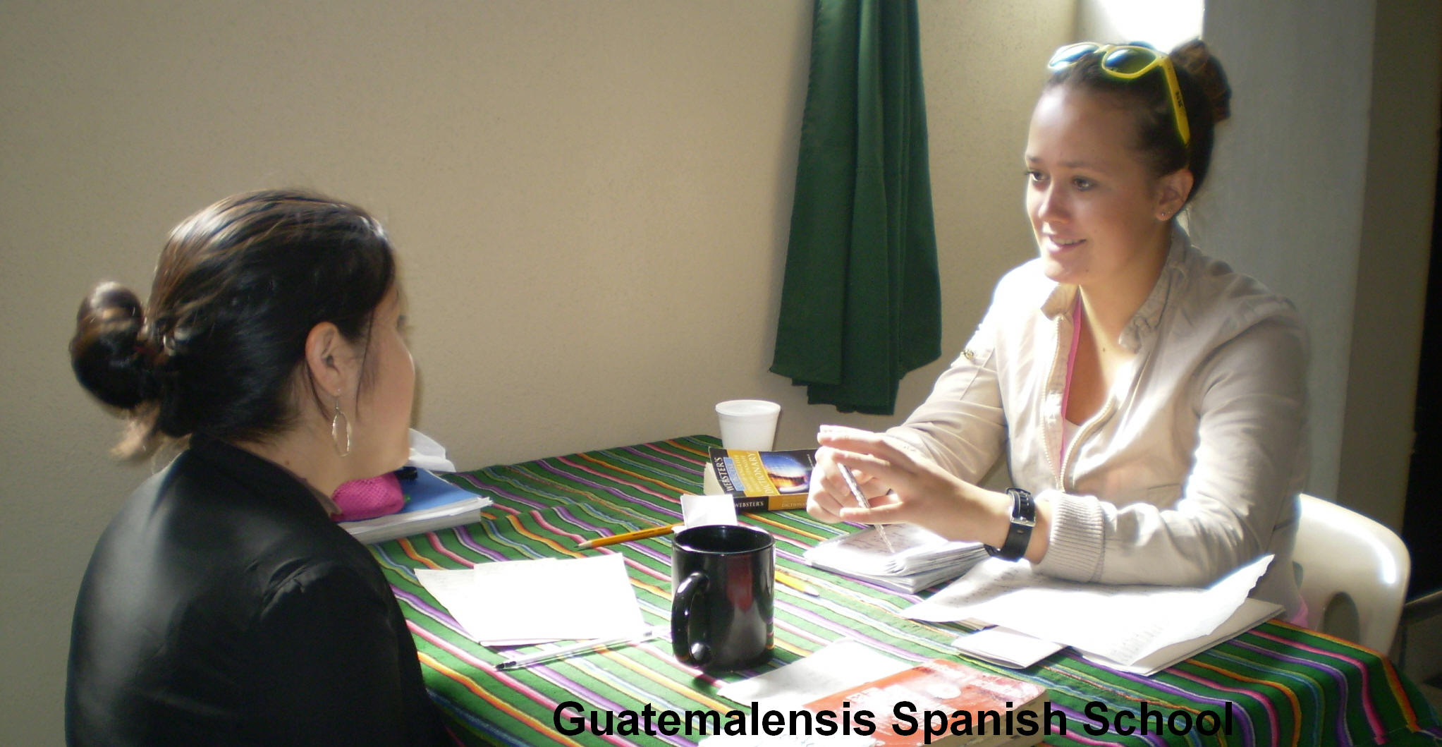 A motivated student learning spanish at Guatemalensis Spanish School.