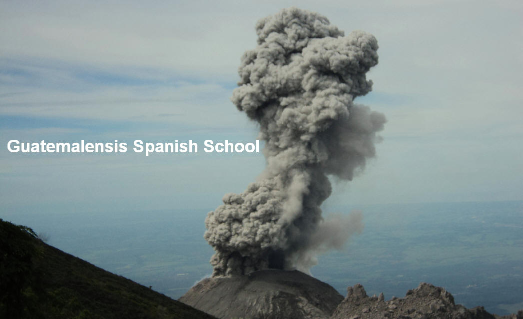 Pelean eruption of the Santiaguito crater of the Santa Maria volcano.